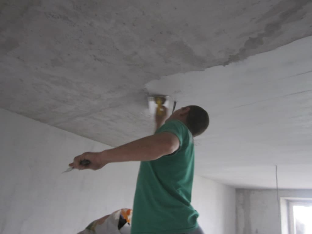 Финишная отделка потолка своими руками 23