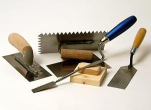 Инструменты для работы со шпатлевкой