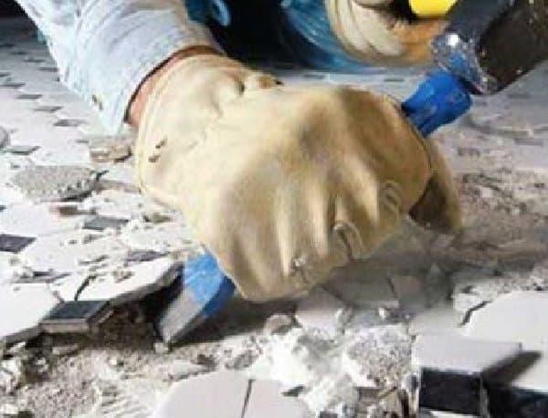 Демонтаж непригодной плитки
