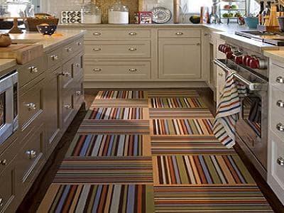 Виниловая плитка в интерьере кухни