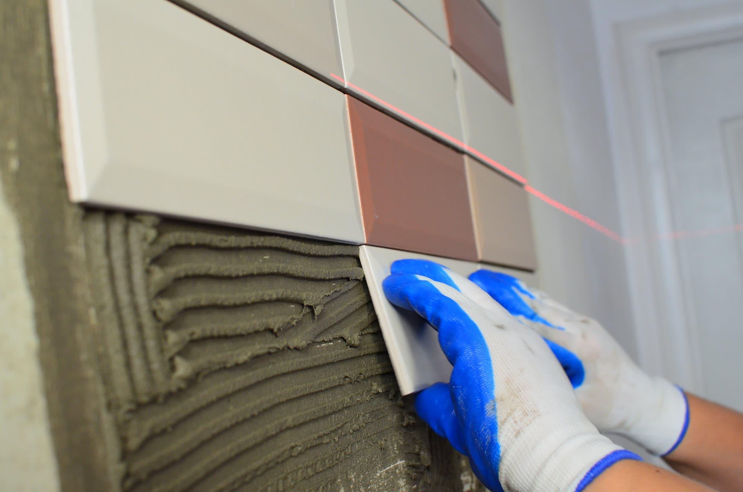 Укладка керамической плитки методом СВЕРХУ ВНИЗ