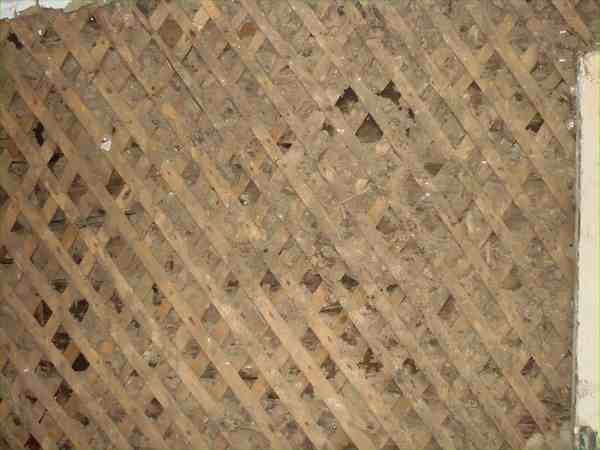 Подготовка деревянной стены