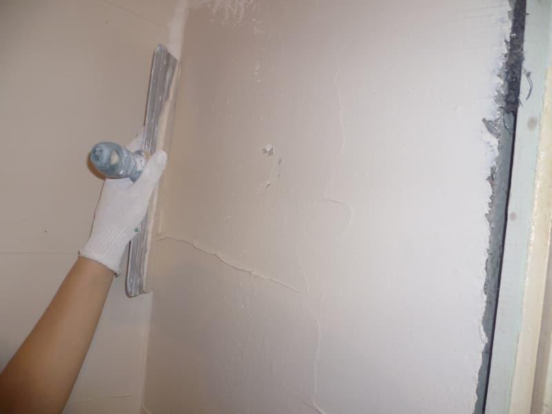 Шпаклевание стены