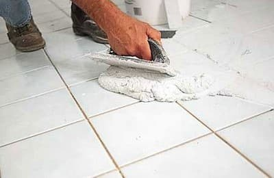 Затирка швов между плитками